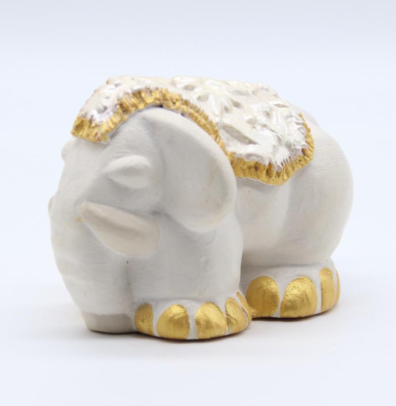 Elephant Blanc Tapis Trois Quart Produit Collection Blancher Et Or