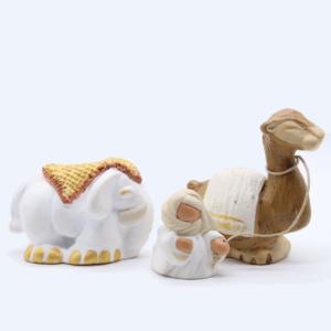 Eléphant tapis, dromadaire et bédouin – blancs